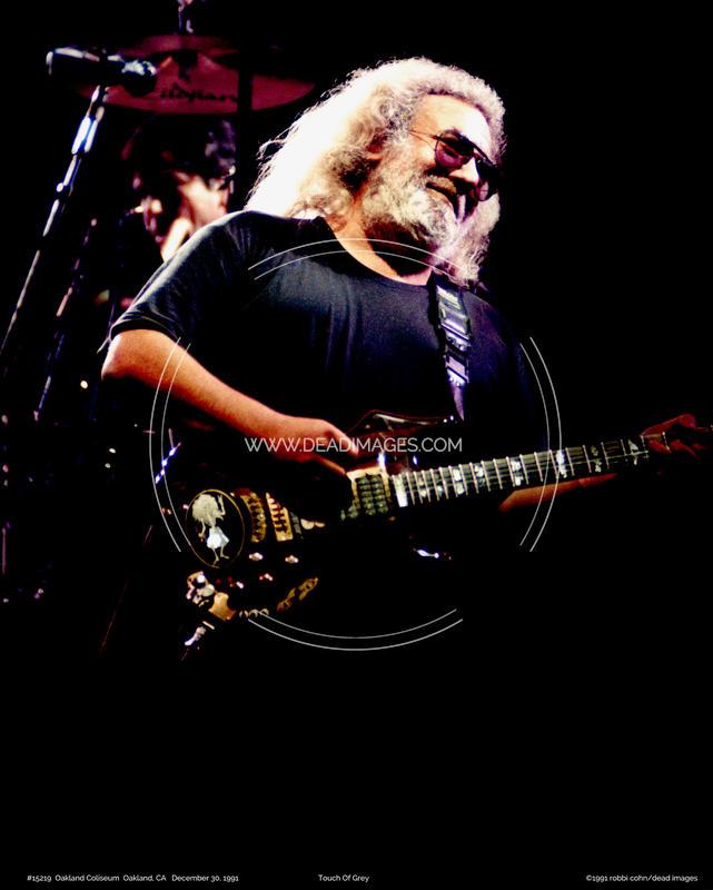 Jerry Garcia - December 30, 1991 - Oakland, CA